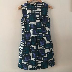 Geometric Dress with pockets
